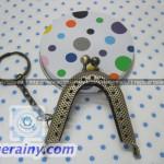5cm goldenbrown oval frame