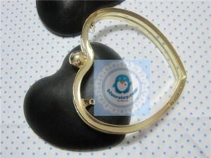 golden heart shape frame